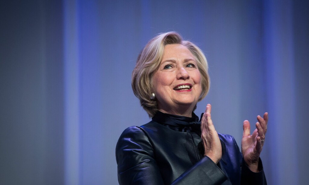ER FORFERDET: En tidligere Clinton-rådgiver skal ha seksuelt trakassert en tidligere kollega. Clinton skal ha visst om dette, men ga han aldri sparken. Foto: NTB scanpix