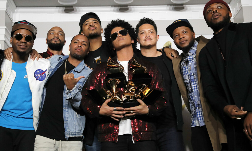 VANT: Bruno Mars vant Grammy-prisen for årets sang med låten «That's What I Like». Foto: NTB scanpix / AFP PHOTO / Timothy A. CLARY