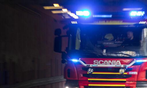 image: Brann i boligblokk i Oslo har spredd seg til loftet