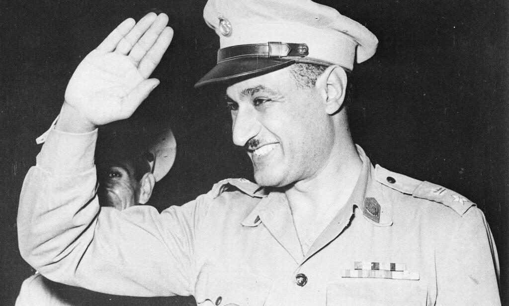 SKULLE BRUKE NAZIFORSKERE: Egypts Gamal Abdel Nasser skulle, ifølge en fersk tv-dokumentar, bruke Hitlers tidligere rakettforskere til å bygge et rakettprogram som skulle brukes mot Israel. Foto: AP / NTB scanpix