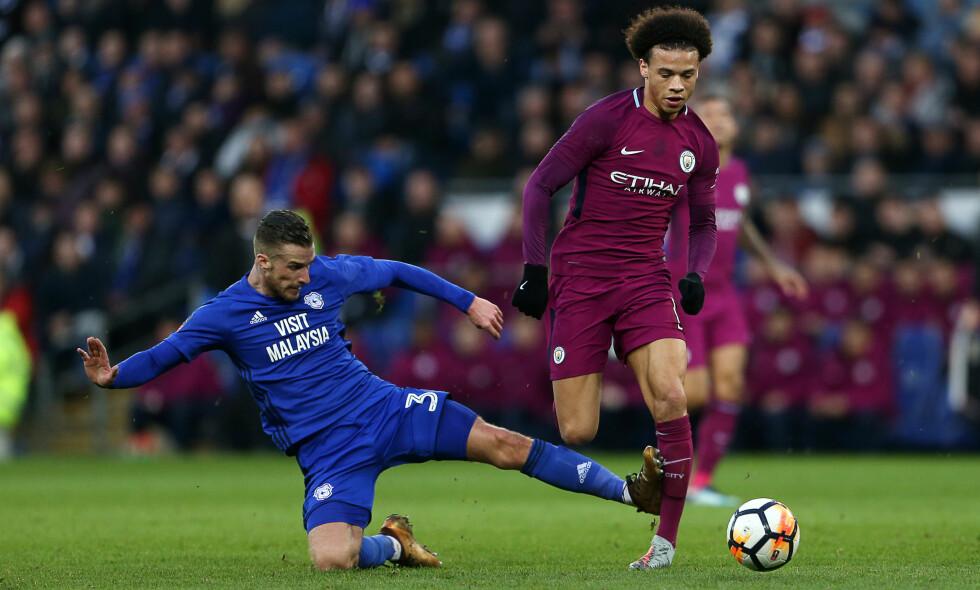 STYGG TAKLING: Cardiffs Joe Bennett skadet Leroy Sané i denne taklingen. Foto: Chris Fairweather / Huw Evans / REX / Shutterstock / NTB Scanpix