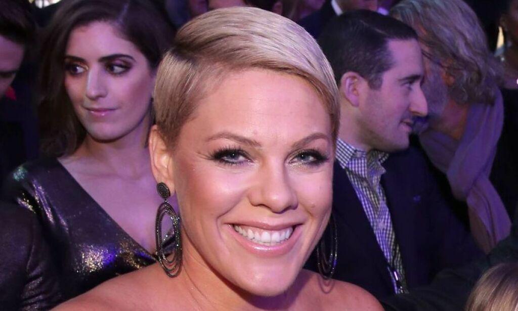 image: Grammy-sjef mener kvinnelige artister må «tre fram». Det gjør Pink sinna