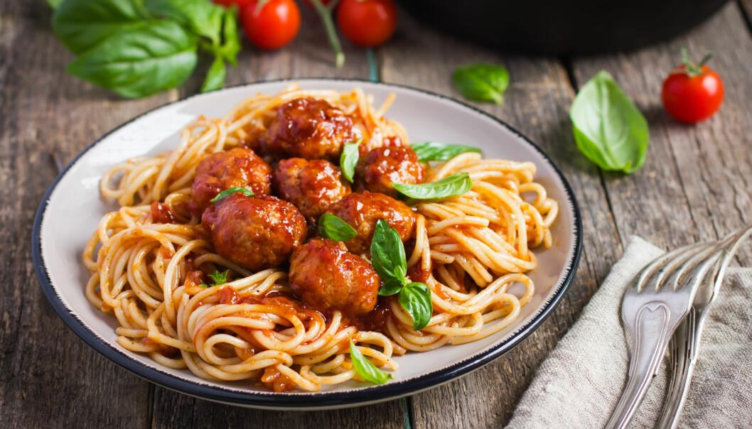 RØDT KJØTT: – Å spise mindre kjøtt er noe av det viktigste, og kanskje det enkleste, hver og en av oss kan gjøre for å kutte klimagassutslipp. FOTO: NTB Scanpix