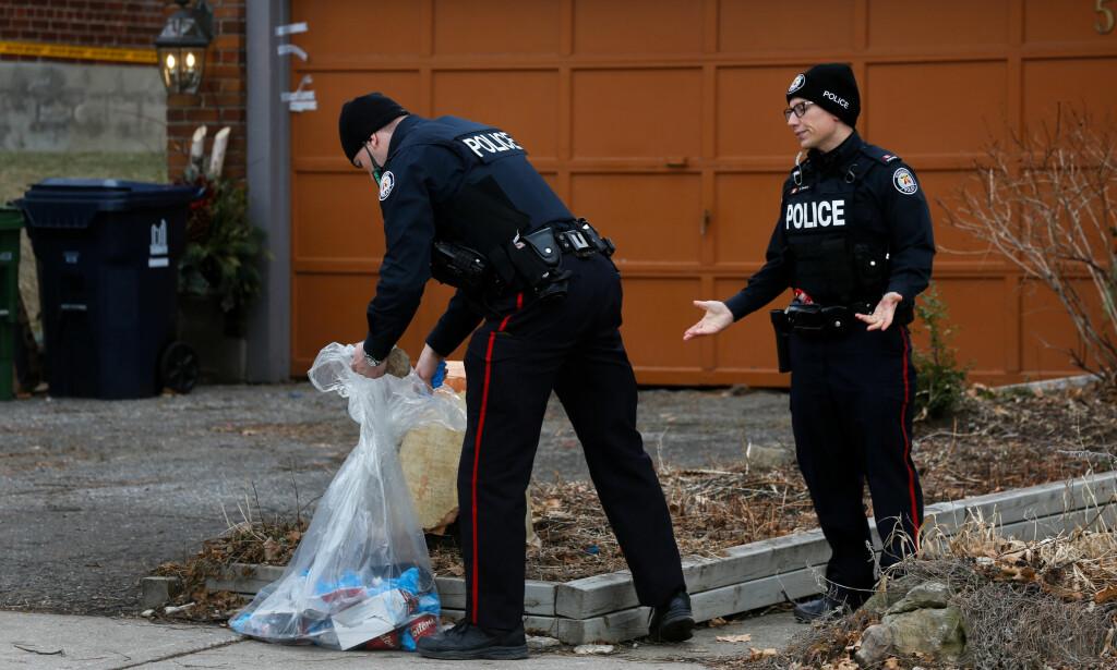 SØKER: Politiet i Canada saumfarer rundt 30 eiendommer i Toronto på jakt etter flere som gartner Bruce McArthur kan ha drept. Foto: Scanpix /Reuters