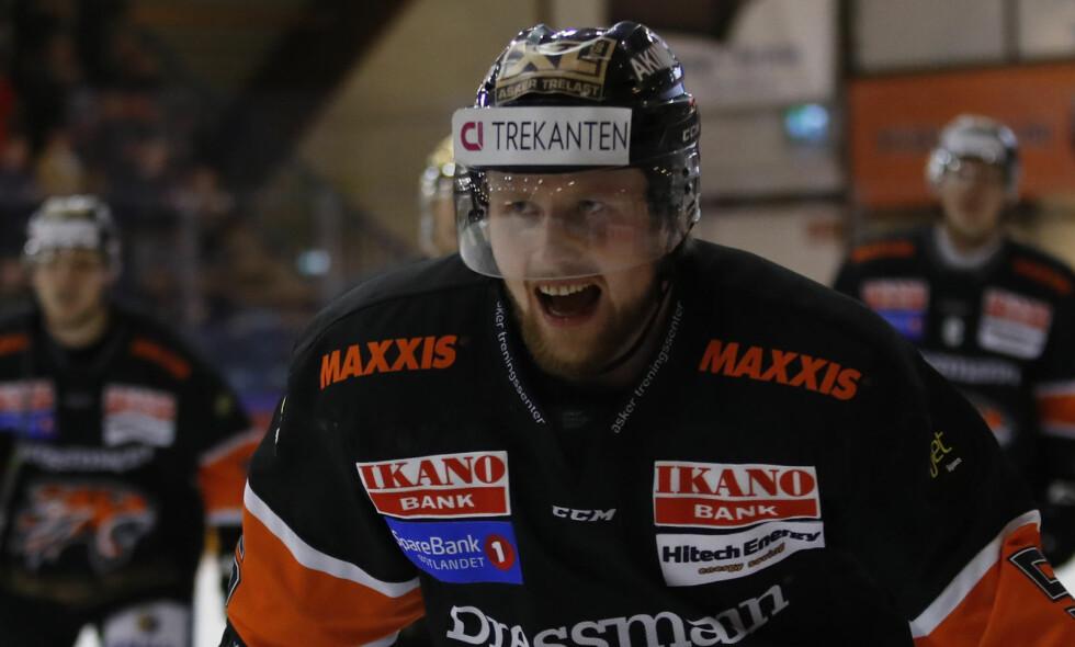 HELT: Oskar Nilsson ble helten da Frisk Asker vant 4-3 mot Sparta. Foto: Cornelius Poppe / NTB scanpix