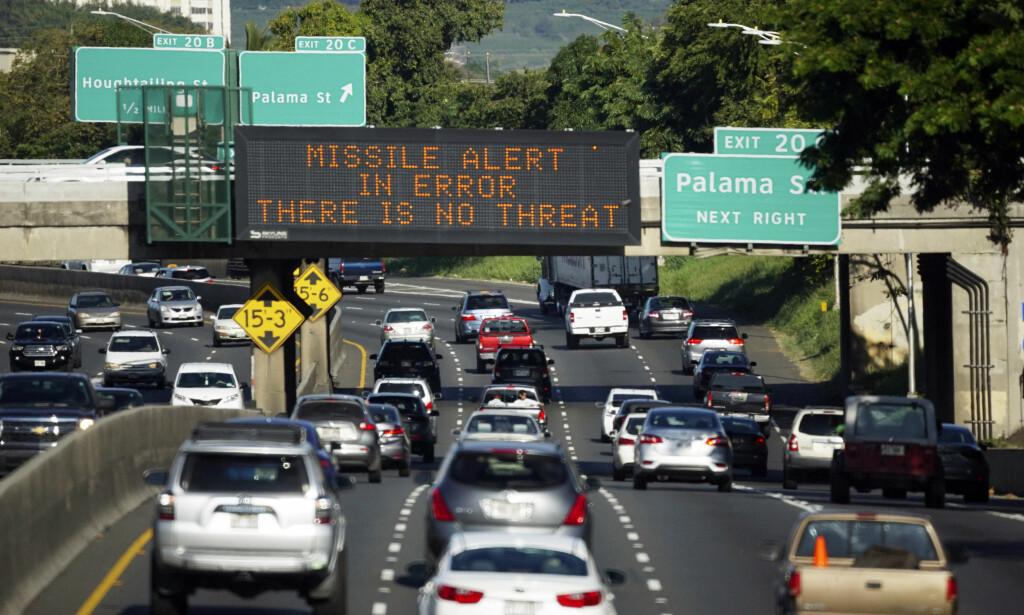 «FAREN OVER»: Det tok hele 38 minutter til «faren over»-meldingen ble sendt ut. Foto: Cory Lum / Civil Beat / AP / NTB Scanpix