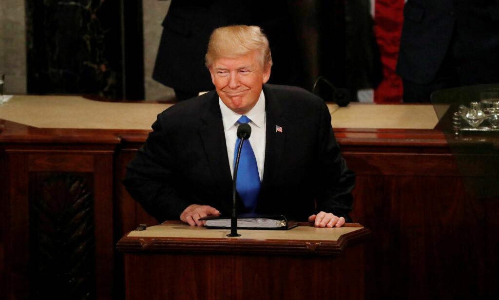 Heftig uenighet: Republikanerne tror det skal renvaske Donald Trump i Russland-etterforskningen, Demokratene ser på det som en avledningsmanøver. Foto: Leah Mills / Reuters / NTB Scanpix
