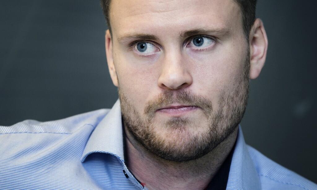 SPENT: Tim-Robin Lihaug forteller om problemer som ga negative utslag på boksingen. Han er spent foran lørdagens kamp. Foto: Henning Lillegård