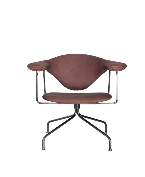 Masculo Lounge Chair (15 660, Gubi).