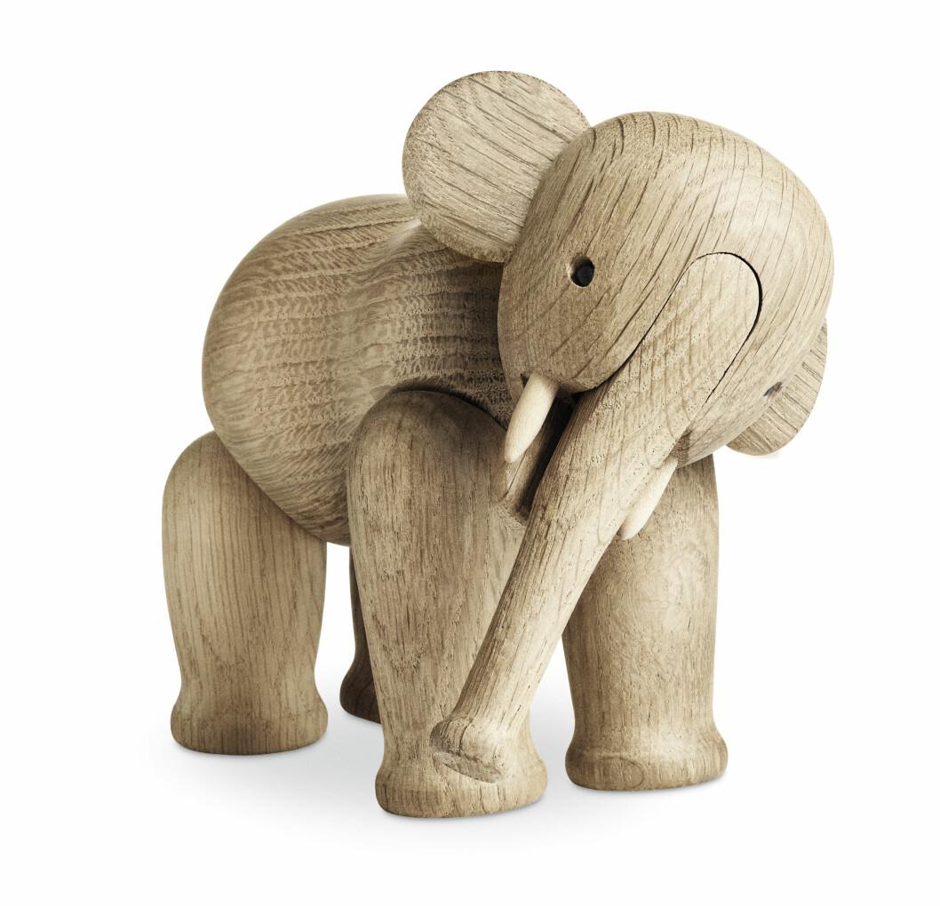 Elefant i nydelig treverk (kr 1300, Kaj Bojesen).