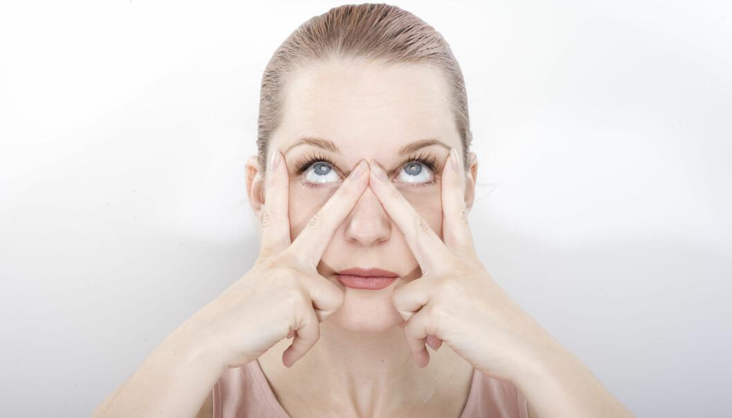 MASSASJE ANSIKT: Å gjøre ansiktsøvelser hver dag vil gjøre huden din strammere og mer glødende! FOTO: NTB Scanpix