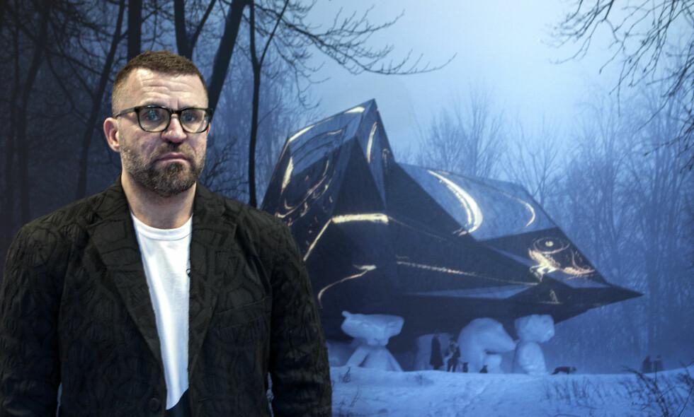 «A HOUSE TO DIE IN»: Kunstner Bjarne Melgaard mener det er på tide å presentere sitt mye omtalte «dødshus», og håper at kritikken gradvis vil stilne. - Bare se på Ekeberg skulpturpark. Den møtte mye motstand, men er blitt flott, sier han.  Foto: Anders Grønneberg
