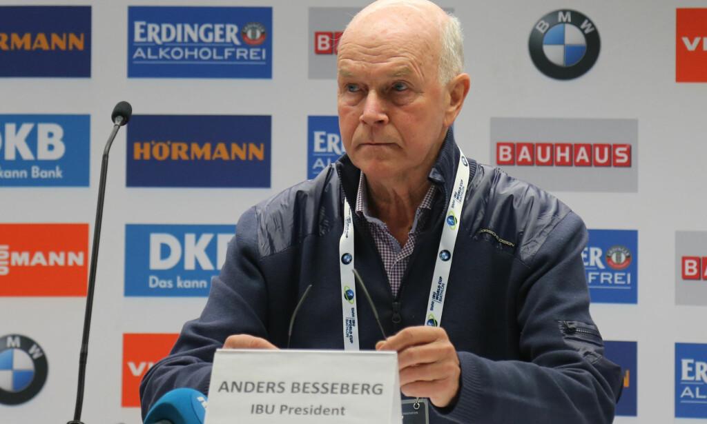 <p>FORKASTER ANKLAGENE: Anders Besseberg (72), president i IBU, forkaster anklagene fra Grigorij Rodtsjenkov. Foto: Pierre Teyssot / Splash News.</p>