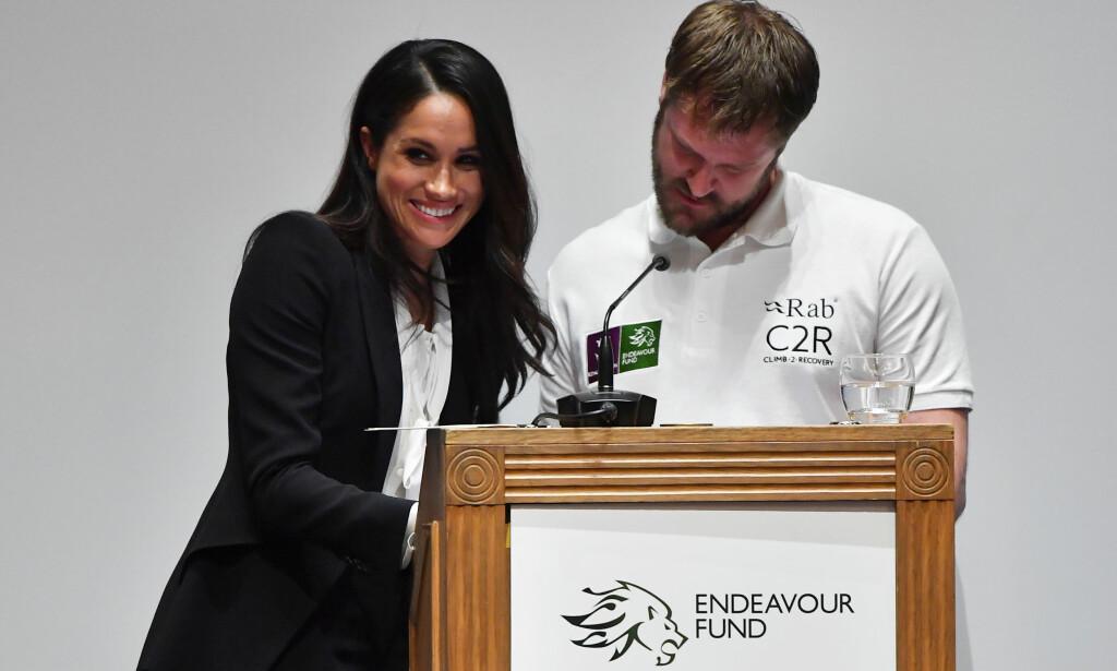 FANT IKKE TALEN SIN Det ble pinlig stemning i salen da Meghan Markle og Neil Heritag skulle dele ut pris. Foto: NTB scanpix