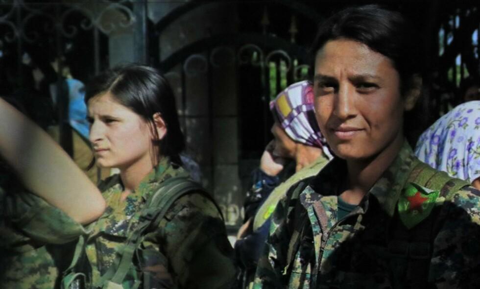 Bilder av kvinnelige eskorter