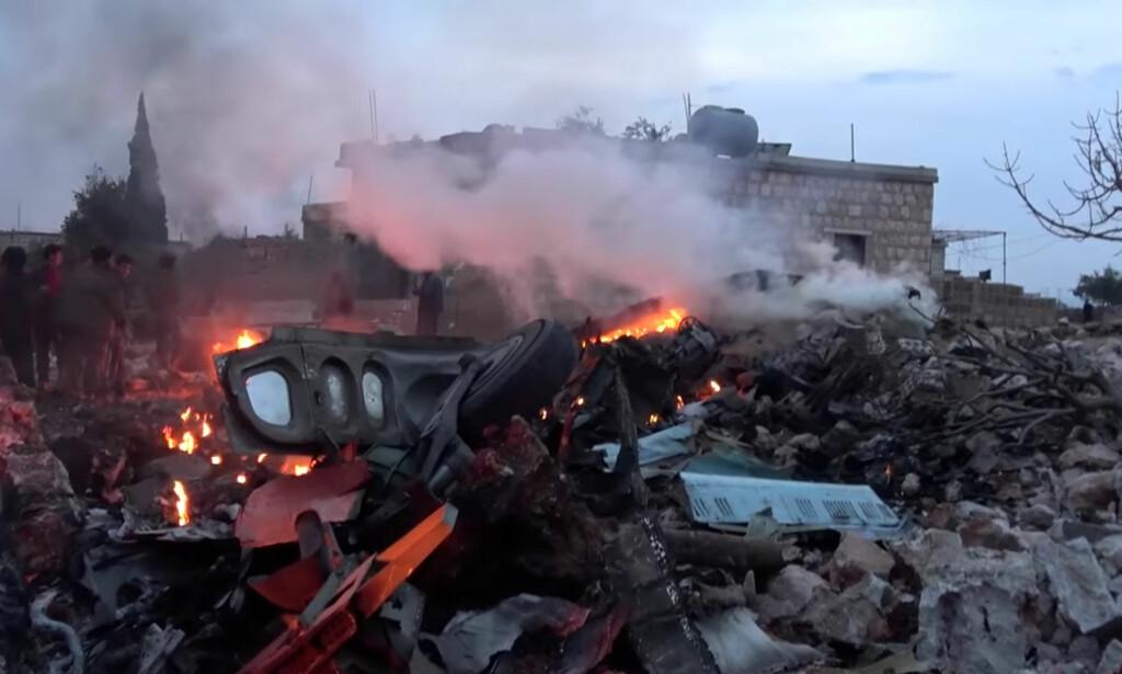 DREPT: Flygeren ble drept etter nedskytningen av et russisk fly i Syria lørdag. Flyet deltok i det som omtales som voldsomme luftangrep i Idlib-provinsen. Foto: Handout / Reuters / NTB Scanpix