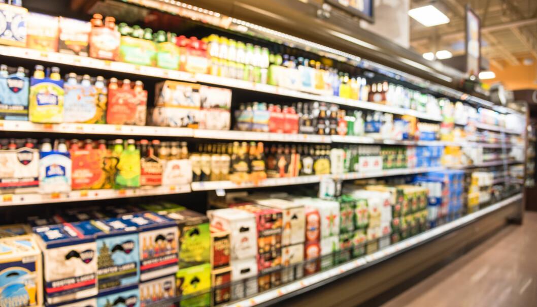 ALKOHOLSALG: - Forskning viser at utvidede åpningstider i butikk fører til økt alkoholforbruk i befolkningen, sier Ingeborg Margrete Rossow, som er seniorforsker innen rusmidler og tobakk ved Folkehelseinsituttet og professor UiO. FOTO: NTB Scanpix