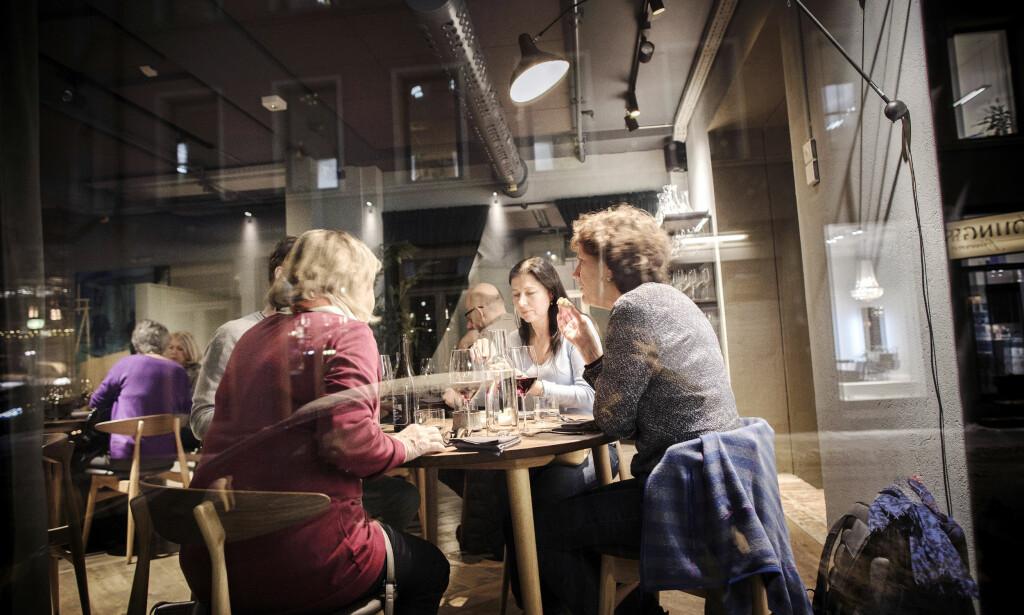 PÅ YOUNGSTORGET: Nemesis ligger sentralt i Oslo og anmelderne spår at dette blir et stamsted. Foto: Tomm W. Christiansen / Dagbladet