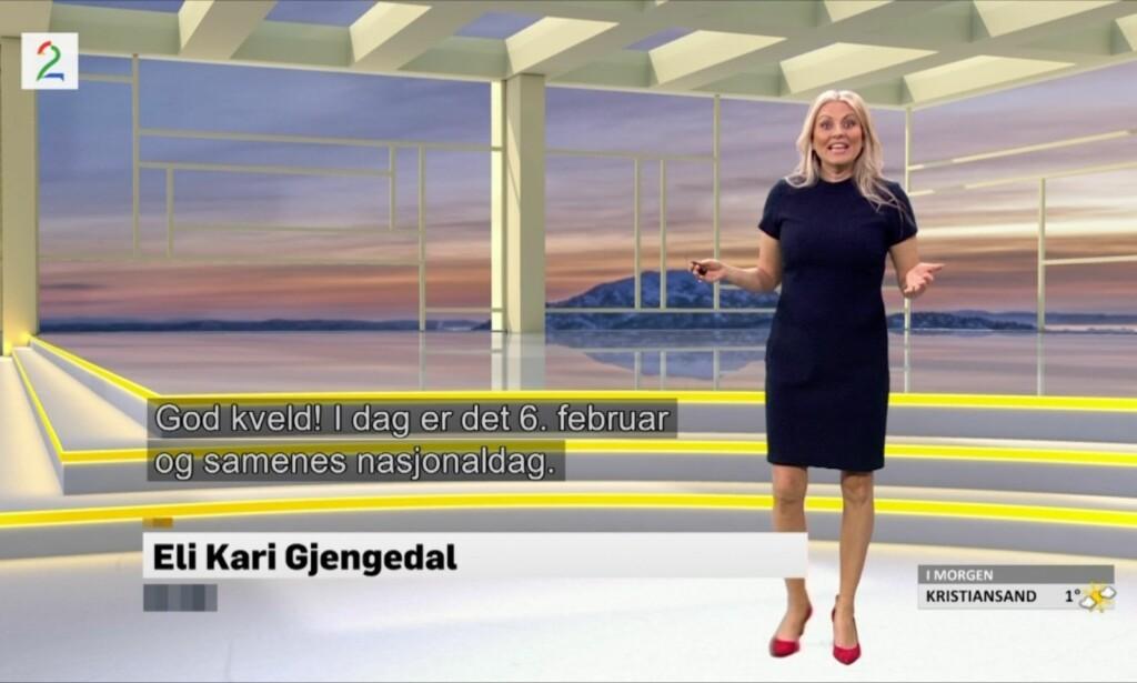 MELDTE VÆRET PÅ SAMISK: Eli Kari Gjengedal hedret samenes nasjonaldag ved å holde værmeldingen på samisk. Foto: TV 2.