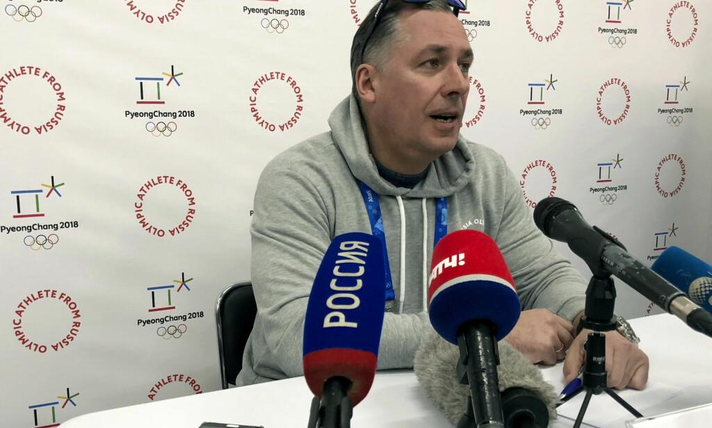 DUKKET OPP: Vispresident i Russlands OL-komité, Stanislav Pozdnjakov, mener at han ikke er utestengt fra OL og dukket derfor opp i Pyeongchang. Foto: Stehen Wade/AP