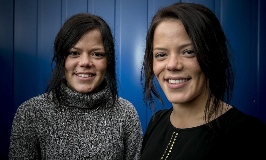 DUKKER IKKE OPP: TV-profilene Johanne og Kristine Thybo Hansen (26) var begge å se i årets sesong av «Farmen kjendis». Under helgas finalefest vil de derimot ikke være til stede. Foto: Bjørn Langsem / Dagbladet.