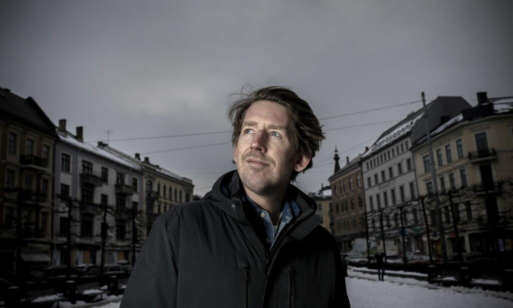 «Kløyvd»: –Jeg er en lykkelig person, men merker at jeg driver i ulike retninger, sier Odd Nordstoga. Foto: Tomm Wilgaard Christiansen