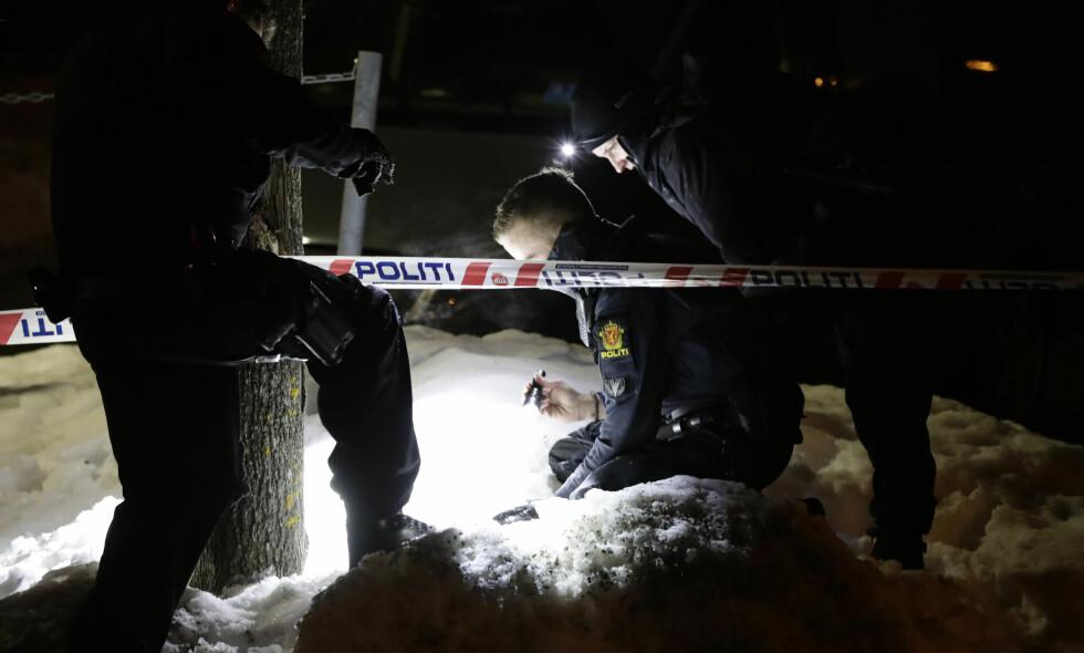 SKUTT: En mann ble i går skutt på Holmlia i Oslo. Politiet ber om tips i saken. Foto: Berit Roald / NTB scanpix