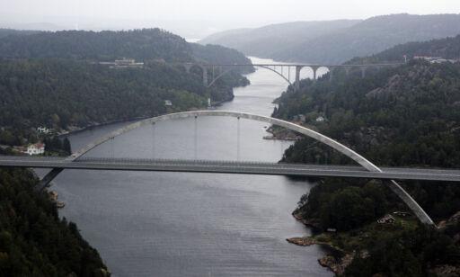 Svinesund, 20050920. Den nye Svinesundbrua på grensen mellom Norge og Sverige og Iddefjorden. Foto: Cornelius Poppe / SCANPIX