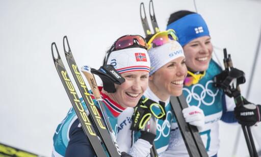 OVERRASKET: Krista Parmakoski (t.h) vant OL-bronsen bak Charlotte Kalla og Marit Bjørgen. Hun trodde hun skulle få mer konkurranse fra flere av de norske jentene. Foto: Hans Arne Vedlog / Dagbladet