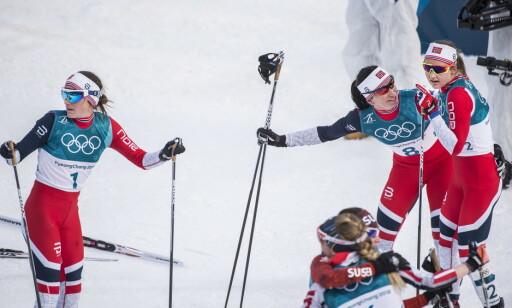 INGEN SVAR: Ingvild Flugstad Østberg og Heidi Weng vet ikke hvorfor det gikk galt under OL-åpningen.  Foto: Hans Arne Vedlog / Dagbladet