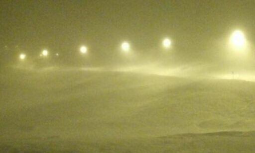 image: Snø og uvær fører til stengte fjelloverganger, økt snøskredfare og vanskelige kjøreforhold