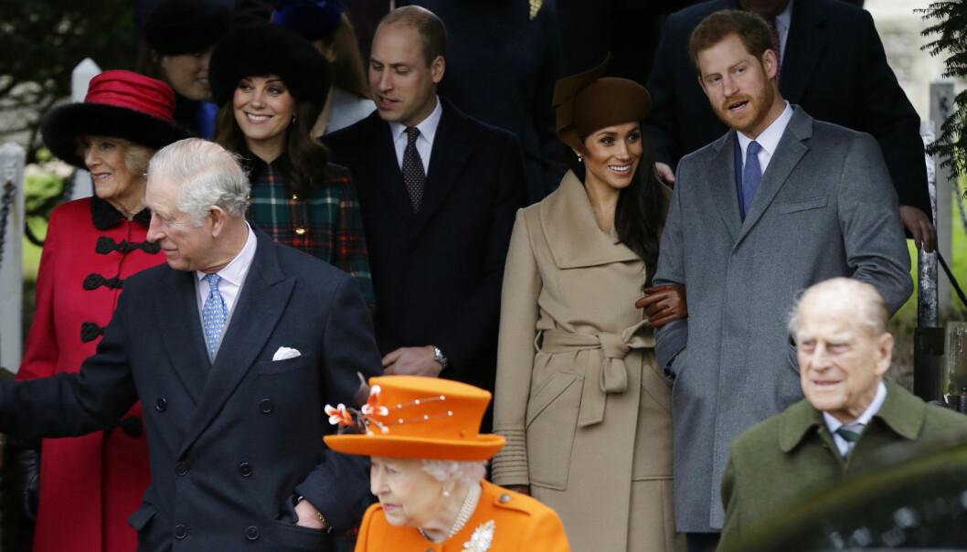 MED KONGEFAMILIEN: Meghan Markle var med familien til prins Harry på den tradisjonelle julegudstjenesten i Sandringham 1. juledag. Foto: AP/ NTB scanpix
