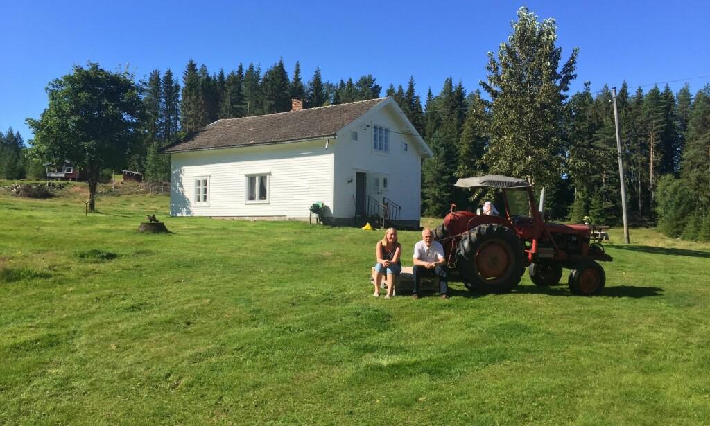 DEN NYE GÅRDEN: Dette blir første gang Gjedtjernet gård i Grue kommune blir brukt i forbindelse med «Farmen». Foto: TV 2