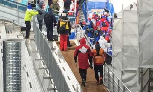 MØTTE IKKE OPP: Her bryter Alex Harvey reglene ved å droppe å møte pressen etter sjokk-exiten i sprintprologen. Foto: Petter Landén / Expressen