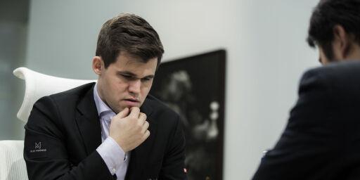 image: Carlsen ett poeng unna 900 000 kroner