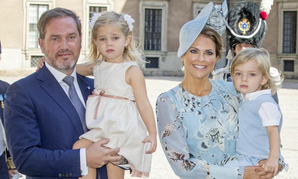 SUKKERSØTT: Prinsesse Madeleine delte søtt bilde av prinsesse Leonore og prins Nicolas på sin Facebook-profil. Foto: NTB scanpix