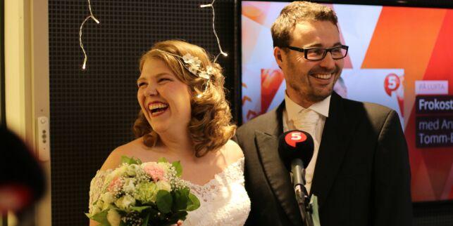 image: Iselin og Kjetil giftet seg live på radio på alle hjerters dag