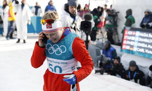 VARM TELEFON: Ragnhild Haga tok en prat med både samboer Øyvind Gløersen og hennes mor rett etter gulløpet. Foto: Bjørn Langsem / Dagbladet