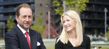 Røkkes kone gir tilbake gaver for 150 millioner