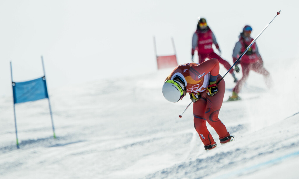 UTE: Kjetil Jansrud kjørte ut i den første omgangen av dagens storslalåm. Foto: BILDBYRÅN.