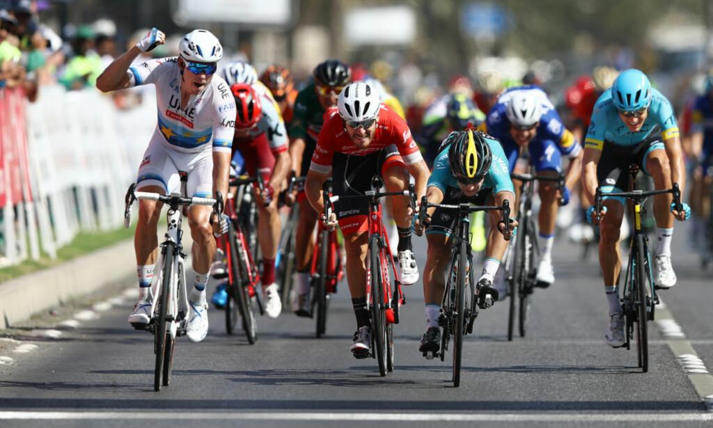 ÅRETS FØRSTE: Alexander Kristoff spurter inn til seier på den siste etappen av Tour of Oman. FOTO: Tim de Waele (TDWSport.com)