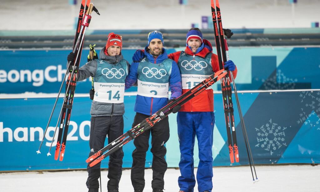 PALLEN: Emil Hegle Svendsen gikk inn til tredjeplass. Her på seierspallen med vinner Martin Fourcade og sølvvinner Simon Schempp Foto: Hans Arne Vedlog / Dagbladet