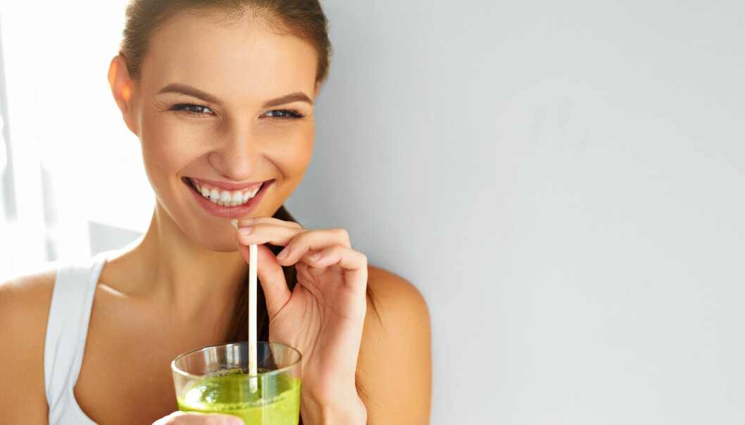 SMOOTHIE: I følge ernæringsfysiolog Camilla Lind er det en god idé å starte dagen med en grønnsaks-smoothie for en skikkelig nærings-boost. FOTO: NTB Scanpix