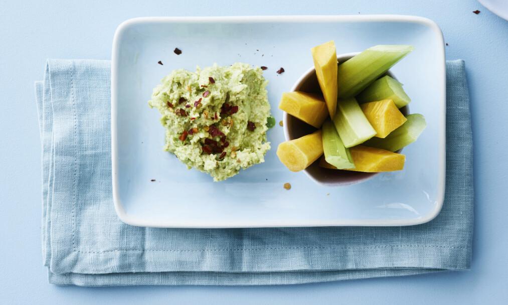 KIKERT- OG BØNNEPURÉ MED GRØNNSAKER: Her får du tre sunne småretter du kan lage når du er fysen på noe godt. FOTO: Line Falck