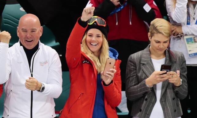STOLT KJÆRESTE: Alexander Bonsaksens kjæreste, snowboarderern Silje Norendal var på tribunen da Bonsaksen ble matchvinner for Norge. Foto: Lise Åserud / NTB Scanpix