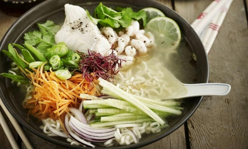 SUNT, KJAPT OG GODT: Travle hverdager er det mange av, og middagen må være rask å lage. Her gir vi deg fem fantastiske oppskrifter på sunne og kjappe retter. Foto: MAGGI
