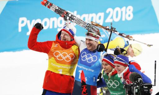 SØLV: De norske skiskytterne tok sølv i mixed stafett. Foto: Bjørn Langsem/Dagbladet