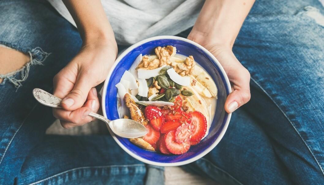 SUNN LIVSSTIL: Har medisinen din vektoppgang som bivirkning er det viktig å passe på hva du spiser. FOTO: NTB Scanpix