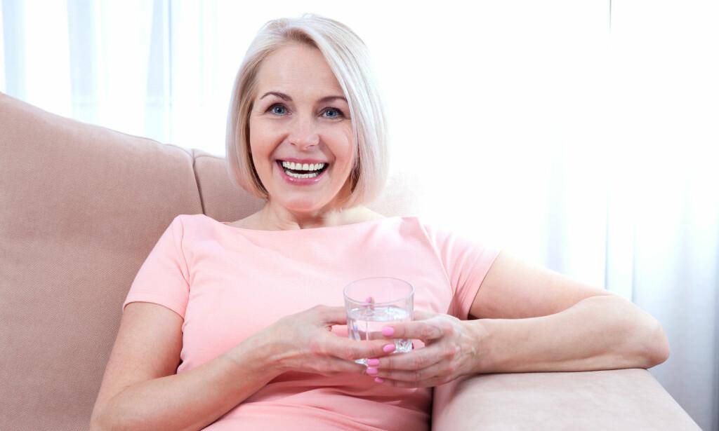 VISSTE DU AT: Langvarig tørrhet (xerostomi) kan gi utvikling av hull i tennene, samt tannkjøttsykdommer.