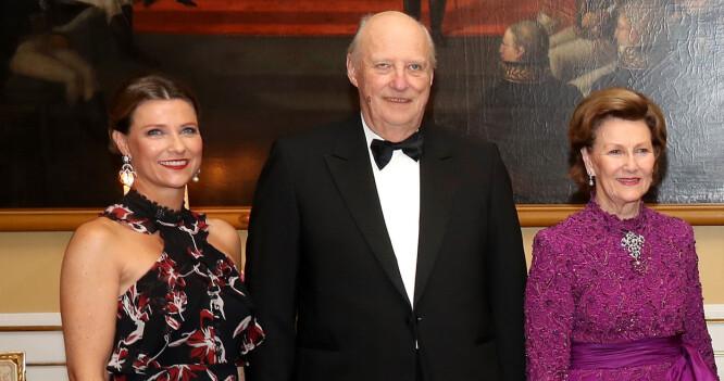 Gratulerte kong Harald med «18-årsdagen»